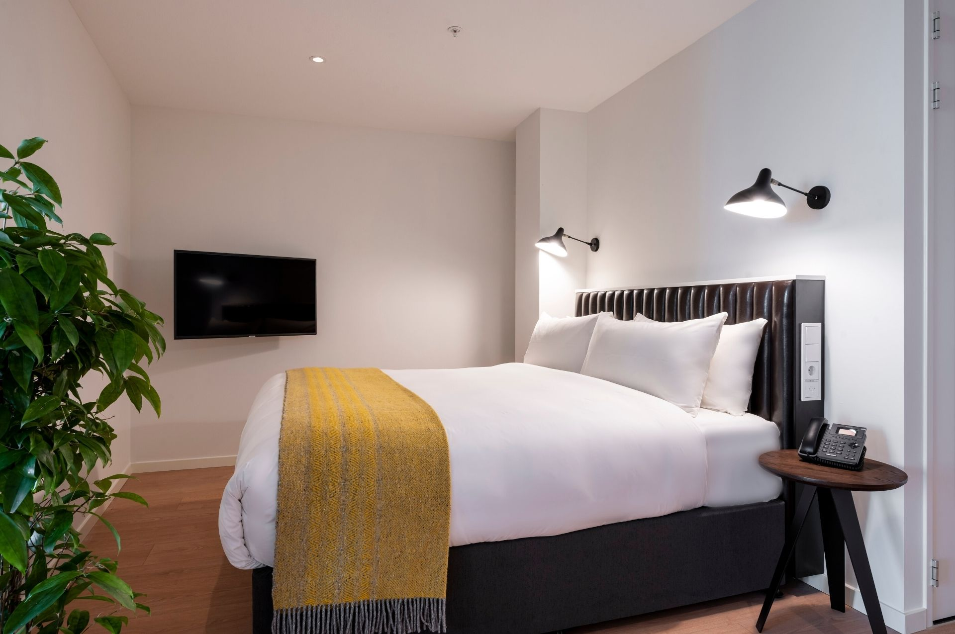 PREMIER SUITES PLUS Amsterdam in XL Loft Bed
